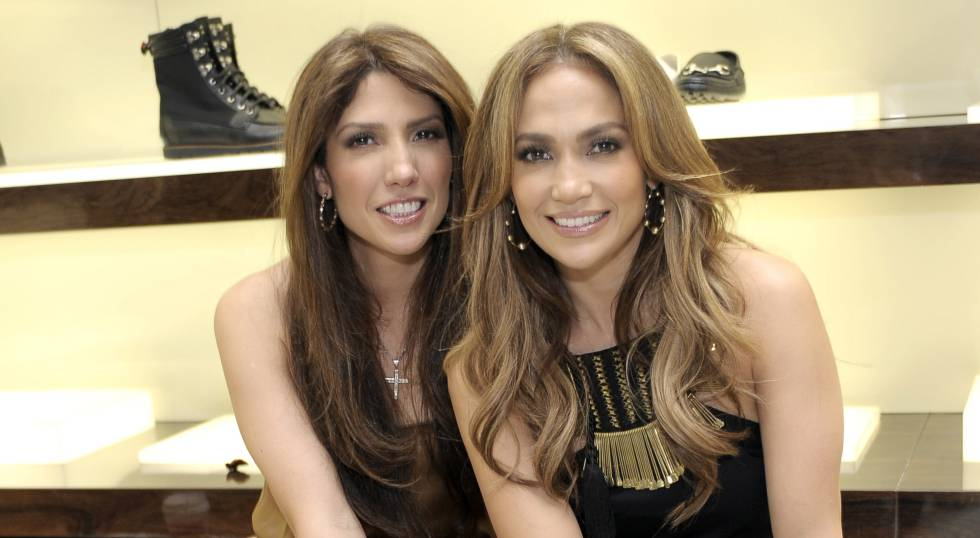 Leslie Scholl y Jennifer Lopez en Beverly Hills, en 2010.