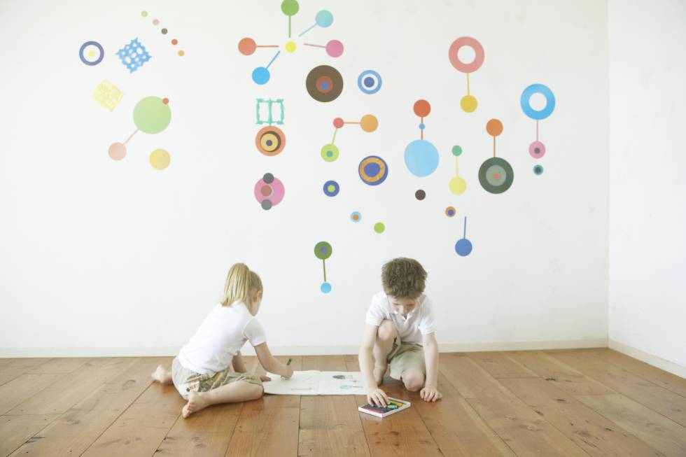 Transforma la habitaci n de tus hijos con estos vinilos for Vinilos habitacion nino
