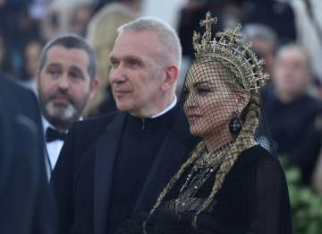 Jean-Paul Gaultier y Madonna en la gala Met