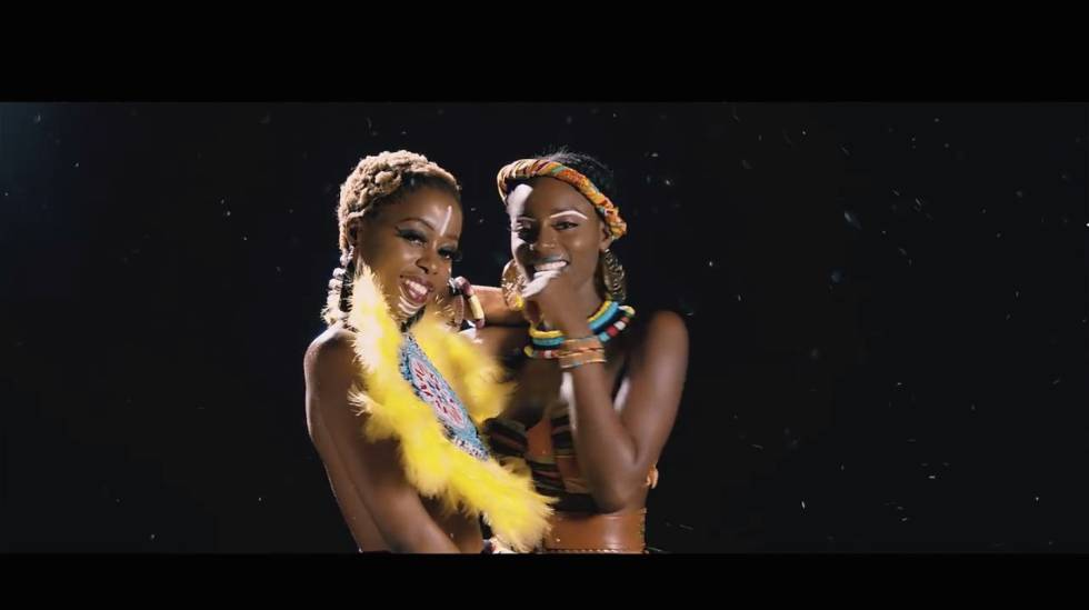 Charlotte Dipanda y Yemi Alade cantan un himno a la amistad entre los pueblos con 'Sista'.