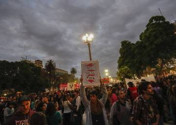 Thousands gather in Buenos Aires in wake of latest femicide case