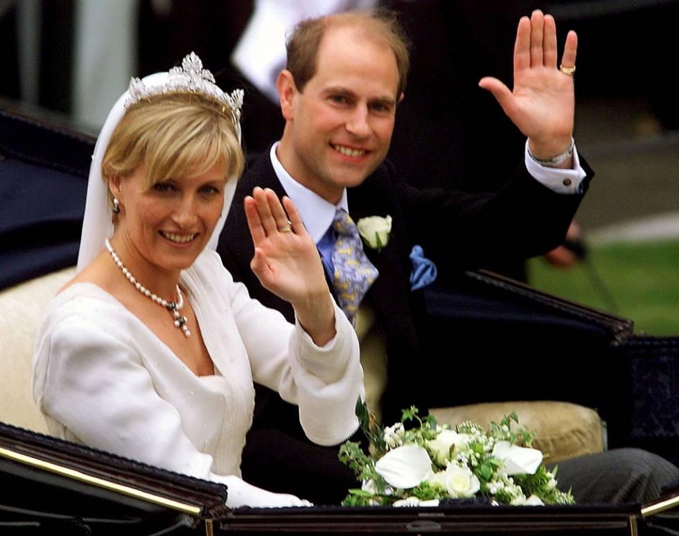 Resultado de imagen para Fotos de la boda real entre el Eduardo del Reino Unido y Sophie Rhys-Jones