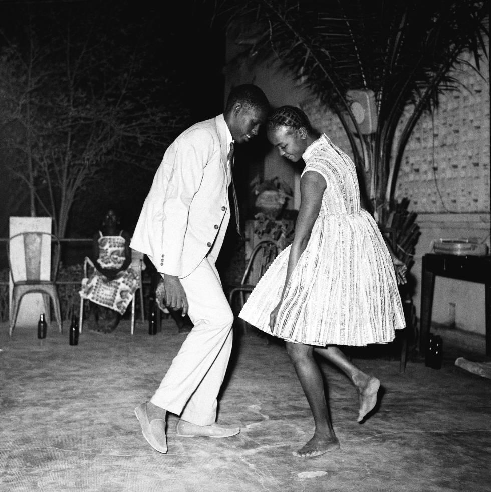 Malick Sidibé, 'Nuit de Noel' (1963).