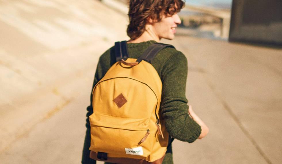 Una mochila Wyoming Eastpack es una de las mejores ofertas que ofrecen las  cadenas de comercio 63fef0a6fee