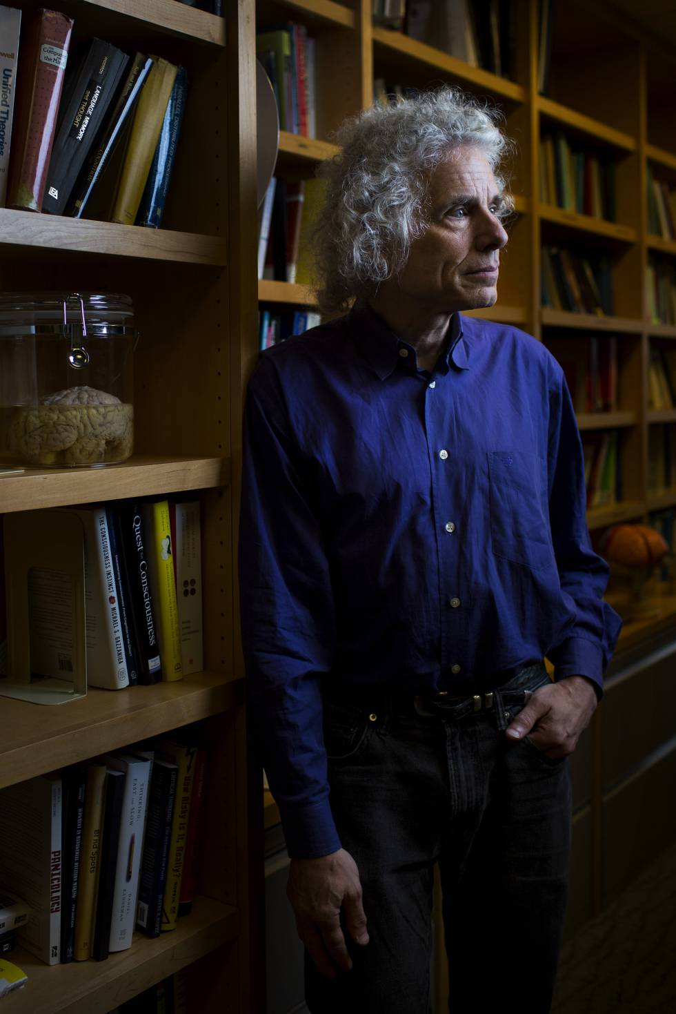 Pinker, en su despacho del departamento de Psicología Cognitiva de Harvard.