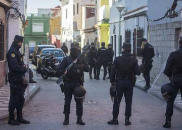 How the drug gangs in Spain's La Línea are providing work for 3,000 people