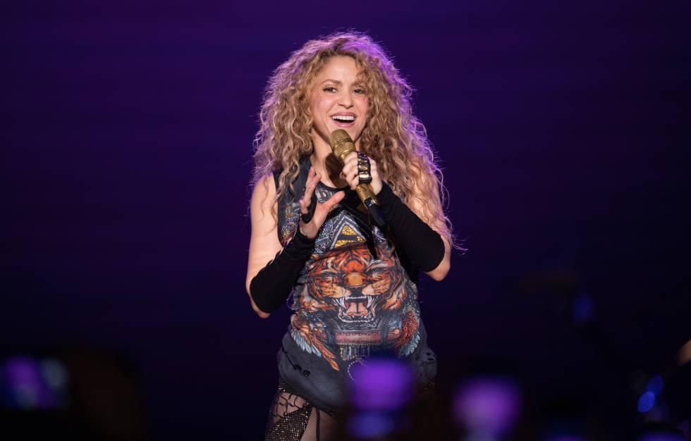 Shakira en el primer concierto de su gira El Dorado, el 3 de junio en Hamburgo.