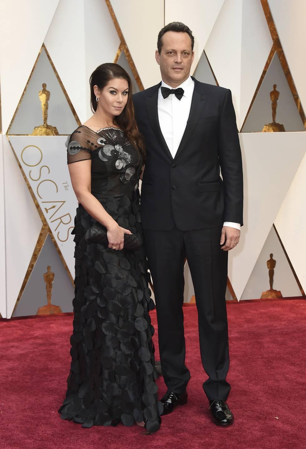 Vince Vaughn y su esposa, Kyla Weber, en los Oscar de 2017.