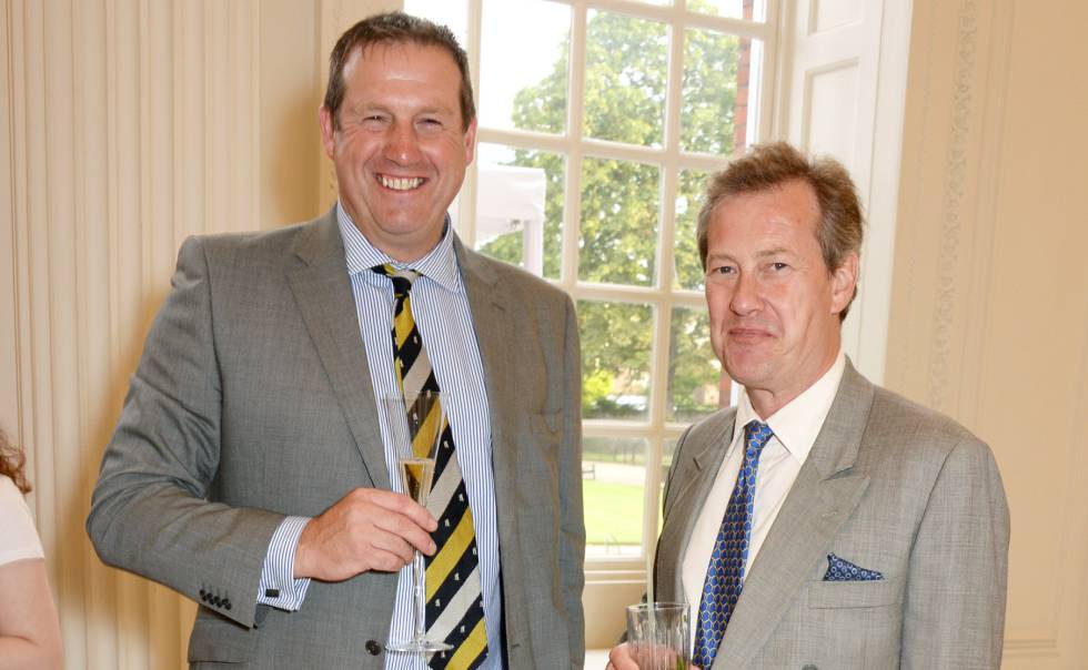 Lord Ivar Mountbatten (dcha) y Tim Munton en una foto de archivo en 2014.