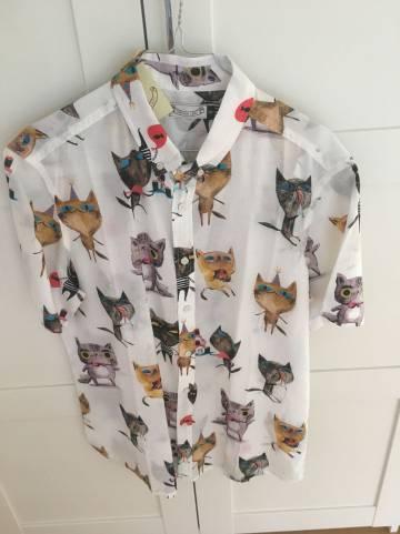Mi camisa de gatos.