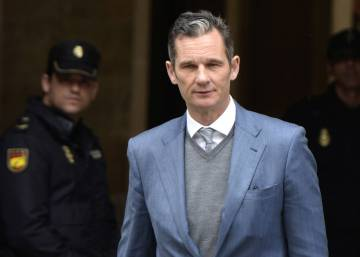 Spanish king's brother-in-law walks into prison to start sentence in Nóos case