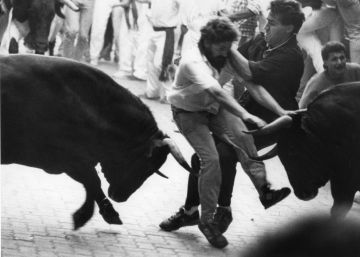 In photos: The Running of the Bulls, then and now