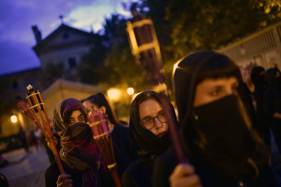 Protesta contra la violencia machista en vísperas de San Fermín.