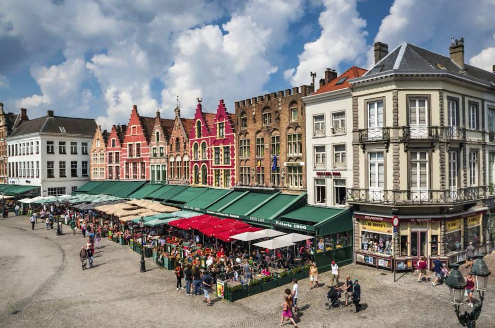 La Grote Markt o Plaza Mayor de Brujas.
