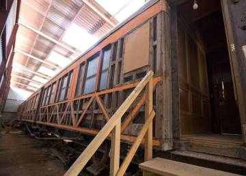 Nobody wants to restore Franco's train
