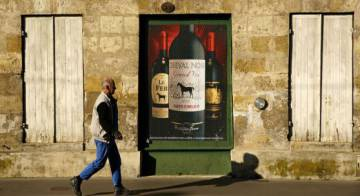 An ad for a Bordeaux wine in France.