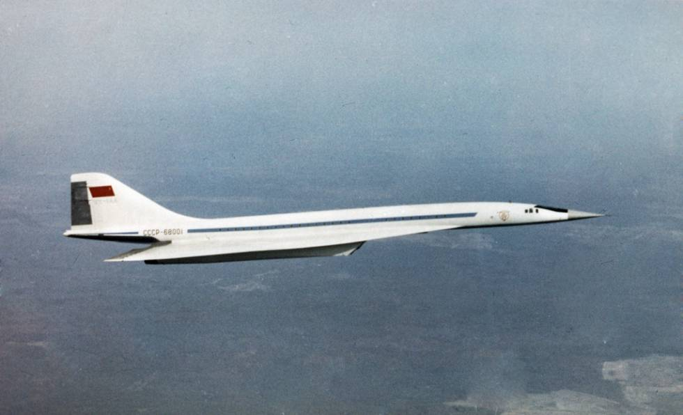 El primer vuelo de un Tupolev TU-144 se realizó en diciembre de 1968.
