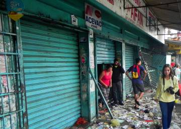 With no end to crisis in sight, Caracas businesses shut down in droves