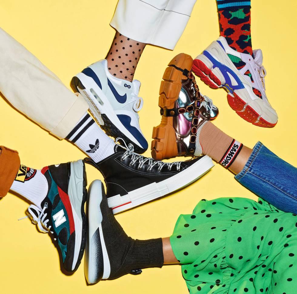 b1b8eac3af8 En el sentido de las agujas del reloj  zapatilla blanca y negra Nike Air Max