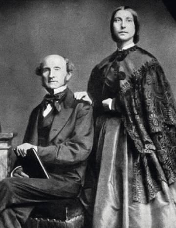 El economista John Stuart Mill fue el segundo marido de Taylor. En la imagen aparece con la hija de esta, Helen Taylor. La joven siguió los pasos de su madre y también colaboró con su padrastro.