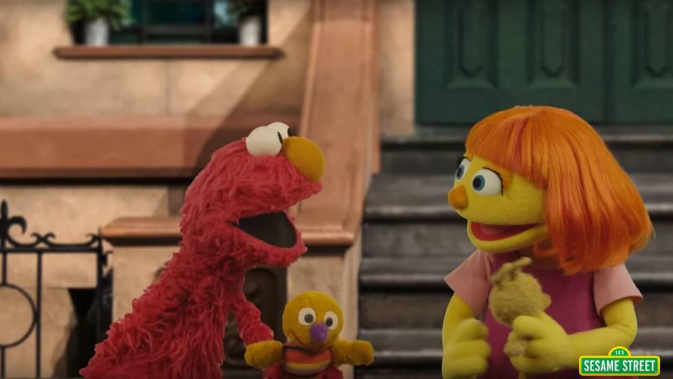 Escena de 'Barrio Sésamo' en la que aparece Julia, la marioneta con autismo