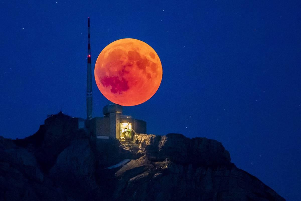 Eclipse en el cantón de Appenzell en Suiza.