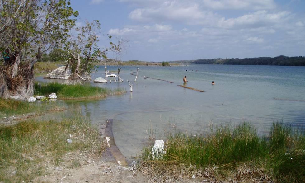 El lago de Chichancanab (Yucatán, México), donde se realizó el estudio de las sequías que afectaron a los mayas.