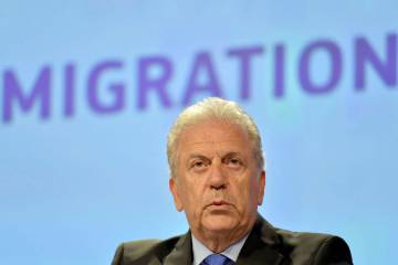 EU Immigration Commission Dimitris Avramopoulos visited Madrid on Friday.