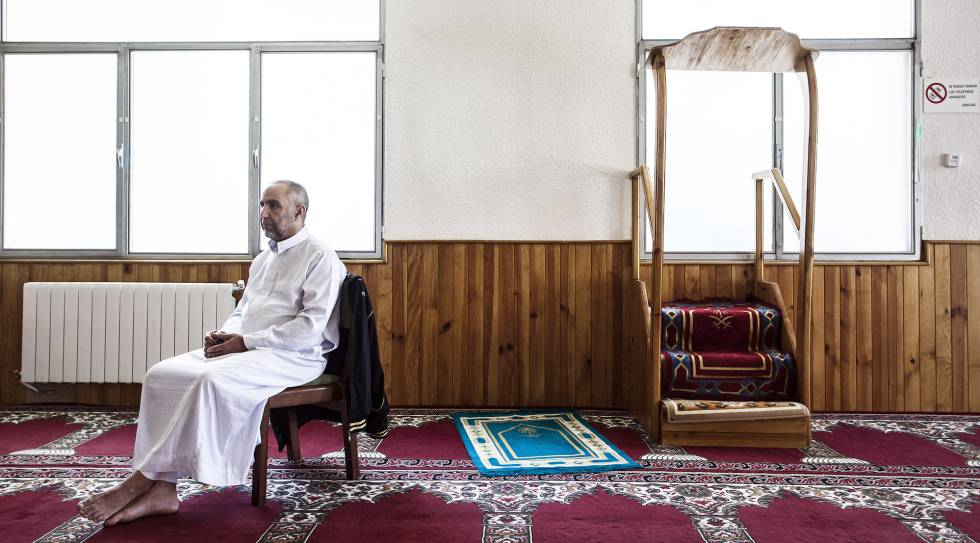 The Annour mosque in Ripoll where the Imam Es Satty preached and radicalized a group of young Muslim men. He has been replaced by Mohamed el Oncre, 61, a construction worker who earns €200 for clerical duties.