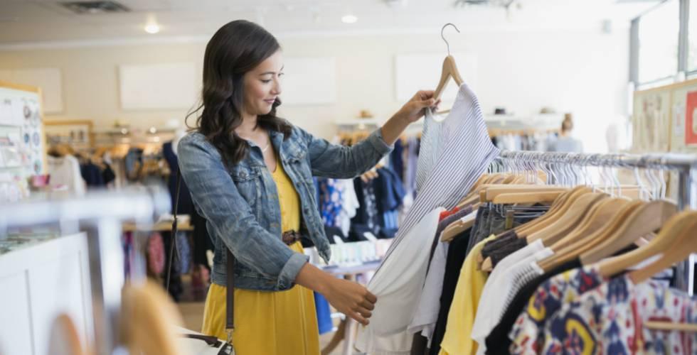 28d618a534a9 Las prendas más vendidas por Internet en las rebajas de verano de El ...