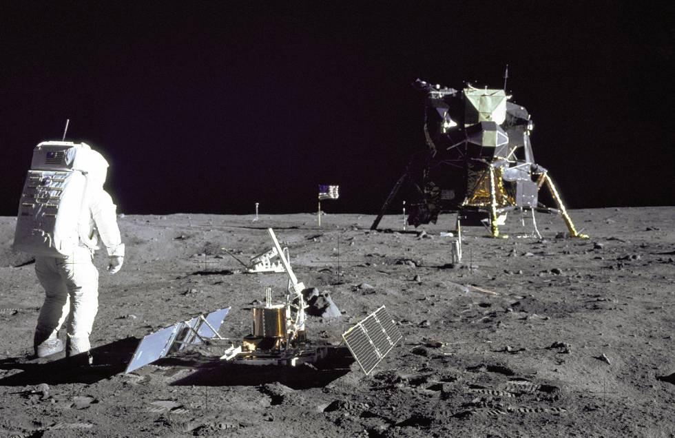 As imagens dos astronautas norte-americanos na Lua são um dos temas favoritos nas teorias da conspiração.