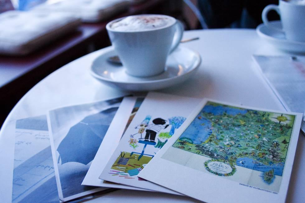 ¿Por qué no enviar postales a desconocidos?