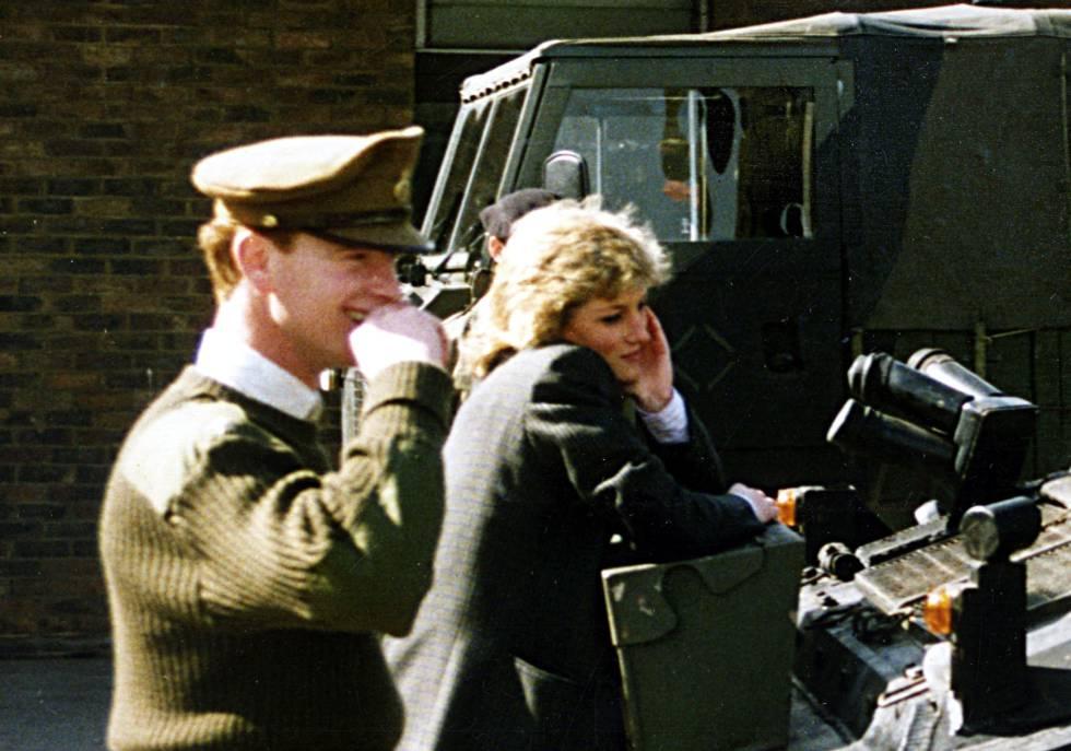 La princesa Diana y el Mayor James Hewitt en imagen de archivo.