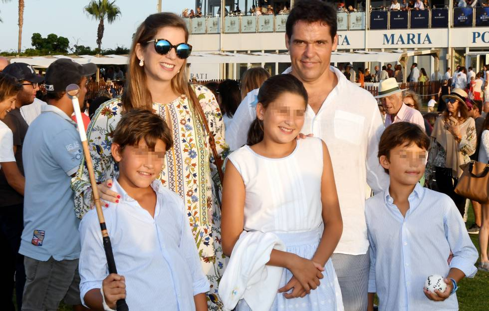 Luis Alfonso de Borbón and Margarita Vargas with their children, Luis, Alfonso and Eugenia at a polo match in Sotogrande this summer.