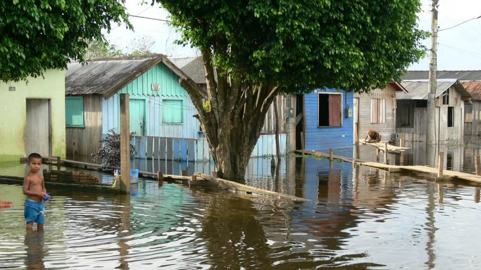 Crecida del río en Itacoatiara, en el estado de Amazonas, en 2009.