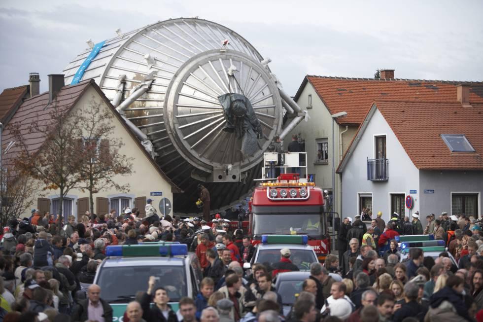 La odisea de Katrin, una 'báscula' gigante para la partícula más pequeña