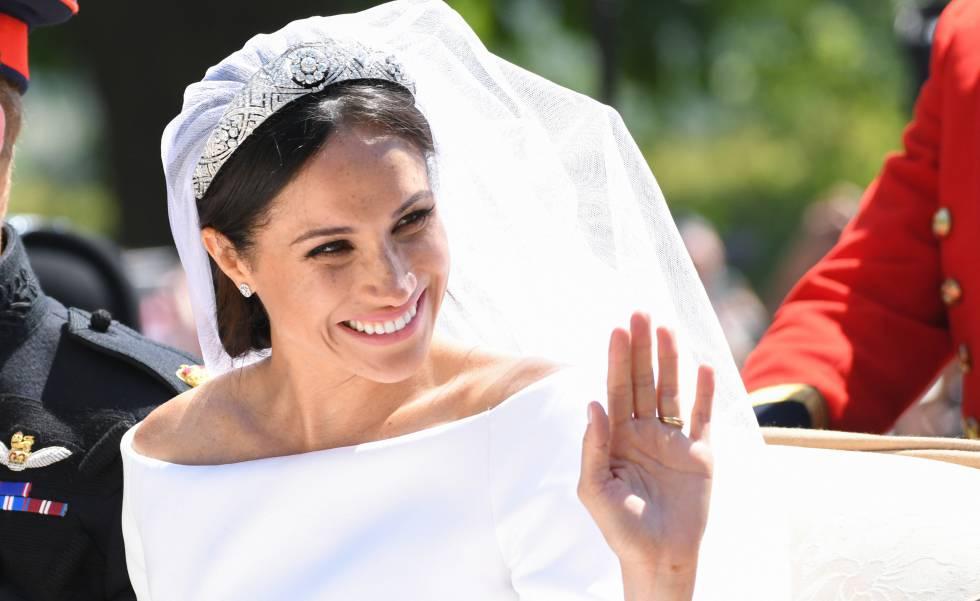 meghan markle desvela los secretos de su vestido de novia | gente y