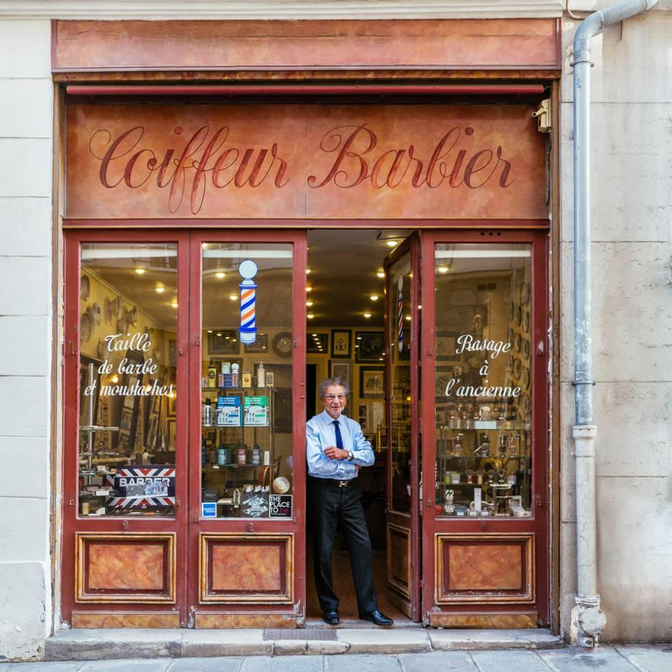 Alain es el más famoso barbero de París. Su tienda está también en la lista de Museos Insólitos de la ciudad.
