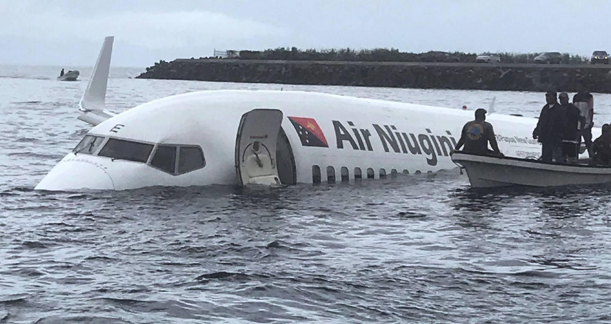 Accidente de un avión en Micronesia.