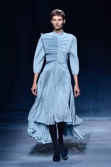 456e8592f Semana de la Moda de París: Chanel se lleva la moda a la playa ...