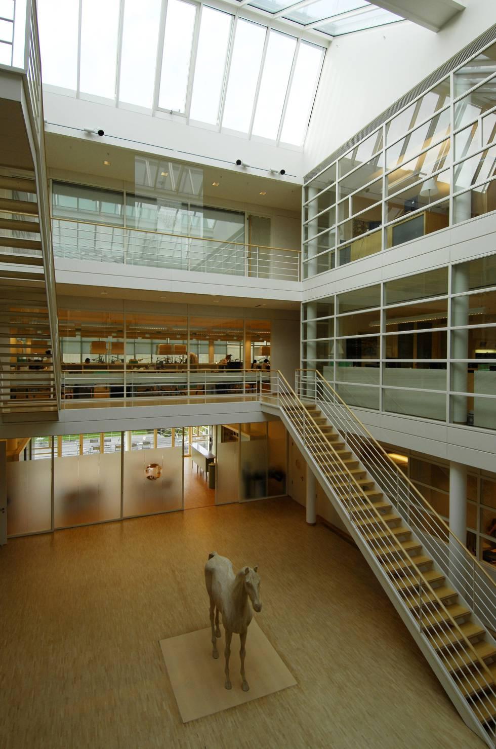 Interior de La Montre de Hermès en Bienne, Suiza.