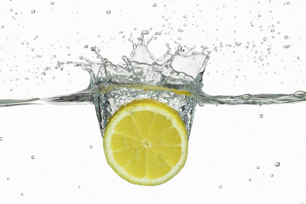 tomar limon en ayuna ayuda a bajar de peso