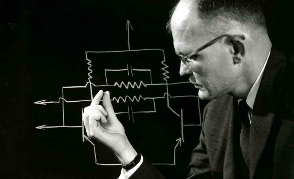 Jack Kilby creó el primer microchip en 1958.