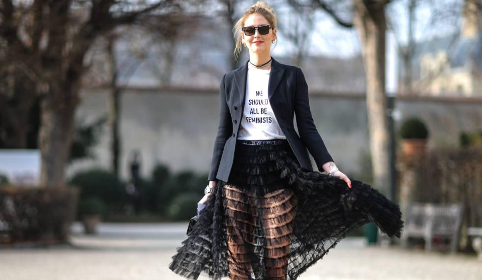 Chiara Ferragni atiende al desfile de Christian Dior, en la semana de la moda en París 2018.