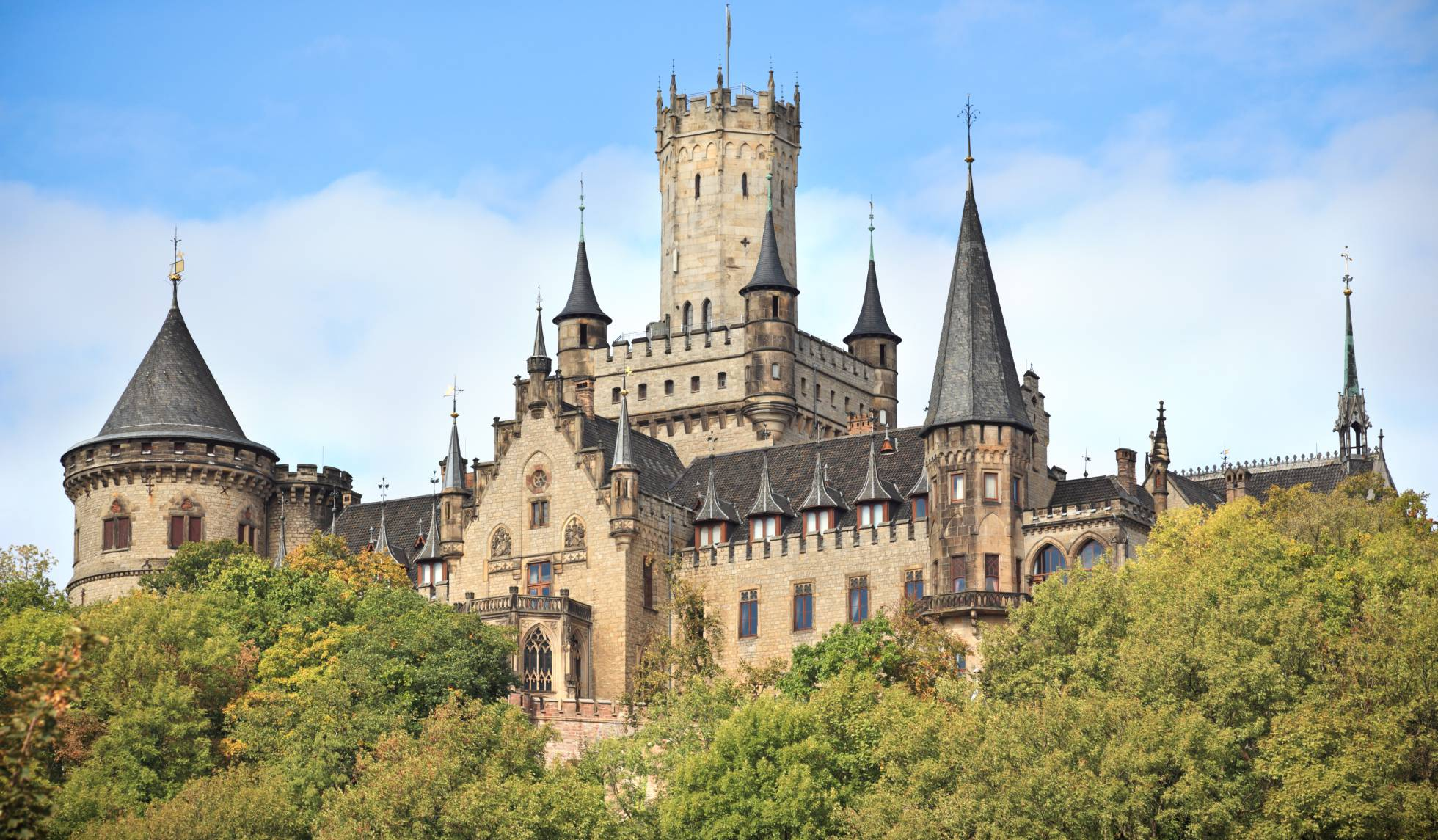 Ernesto de Hannover vende su castillo por un euro