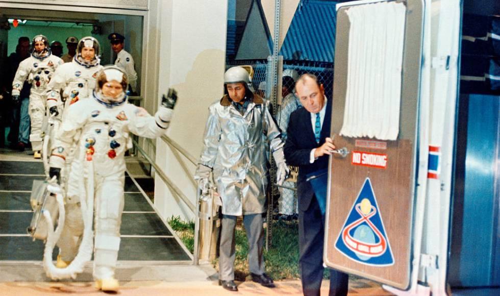 La tripulación del Apolo 8 momentos antes del lanzamiento