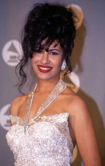 Selena, tras ganar el Grammy en 1994.