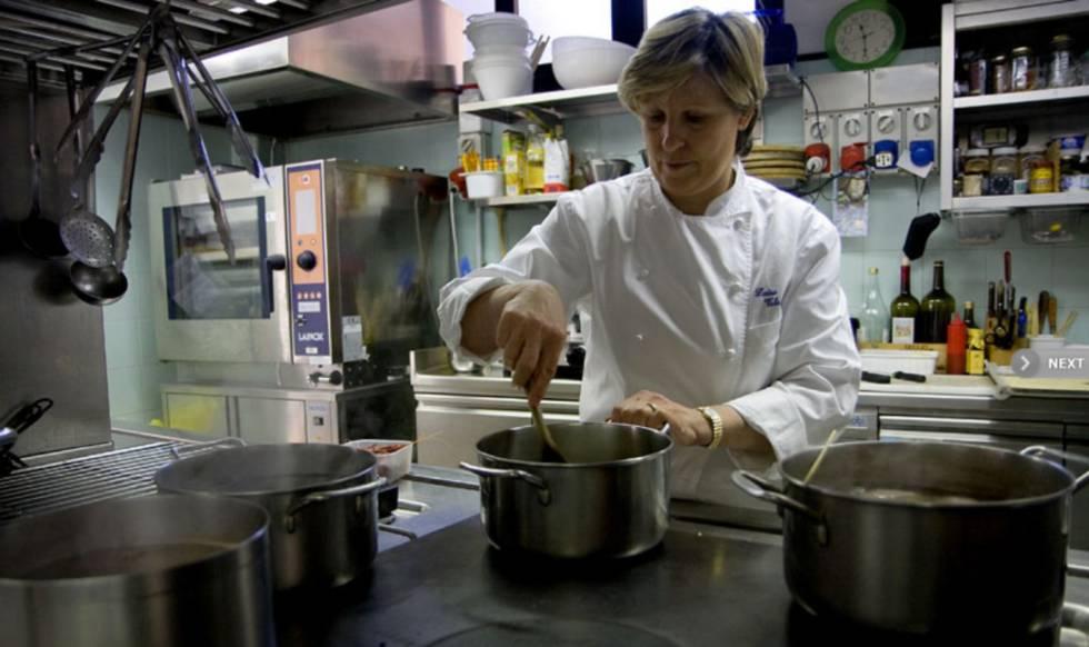 La cocinera italiana Luisa Valazza en el restaurante  Al Sorriso . c76e51d9a12