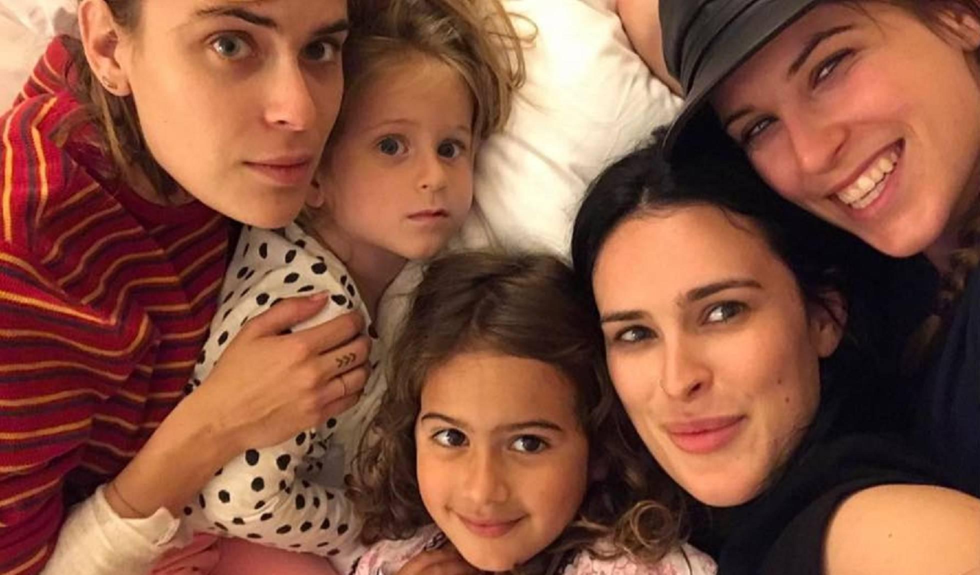 La foto de las cinco hijas de Bruce Willis, que van de 4 a 30 años