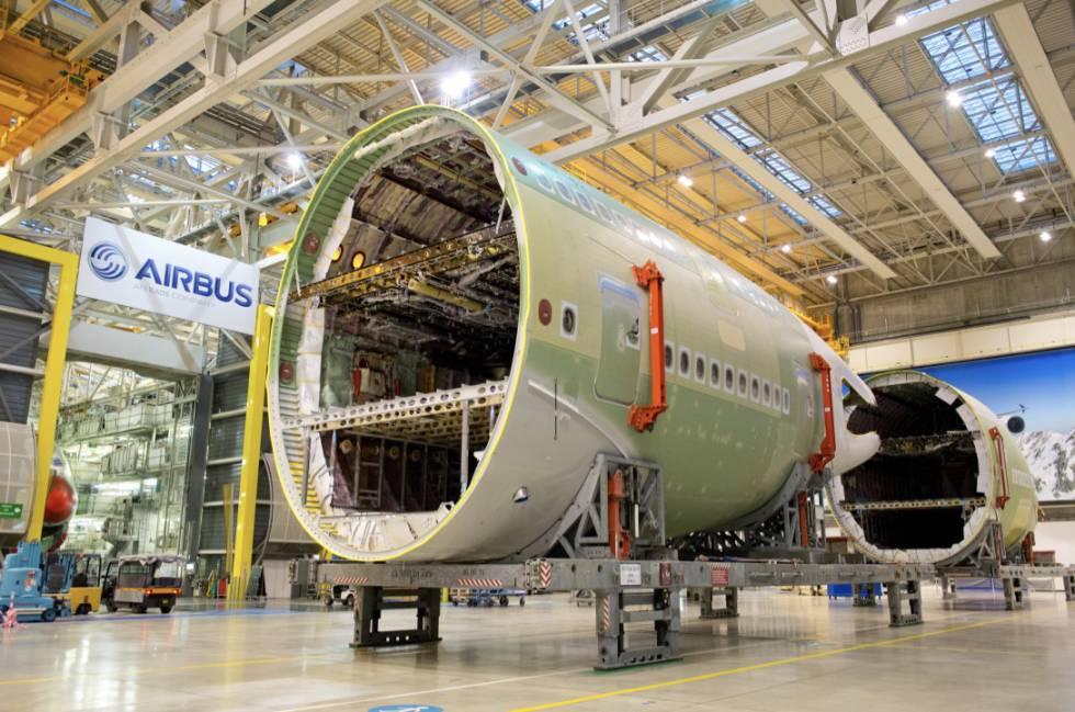 Montaje de un A380 en la fábrica Airbus de Toulouse